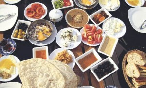 -unutmamak-icin-kahvalti-yapin--1671894