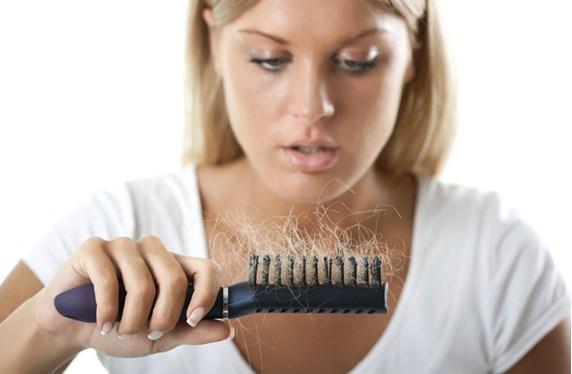 Saç Dökülmelerinin Sebepler ve Öneriler