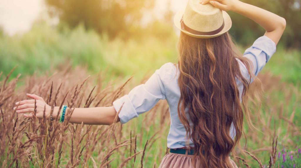 Sağlıklı ve Uzun Saçlar İçin Gerekli Vitaminler